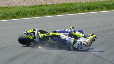 VIDEO / Valentino Rossi, internat în spital după un accident TERIBIL la MotoGP!