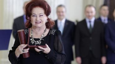 """""""Simt că am 55 de ani de viaţă şi 80 de carieră"""", spunea Stela Popescu în Taifasuri la împlinirea a 8 decenii de viaţă"""