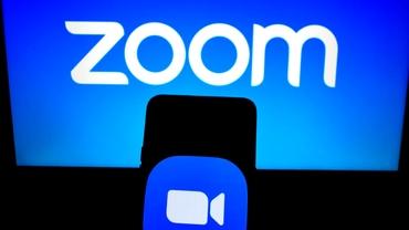Aplicația Zoom, noua rețea socială în pandemie de coronavirus! Cum a ajuns de la un program pentru business să fie folosit de sute de milioane de oameni