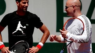 Ruptură între Novak Djokovic şi Andre Agassi. S-a implicat şi Cahill