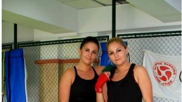 GALERIE FOTO. Două gemene corporatiste sînt luptătoare de MMA: