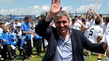Hagi, cu două echipe în optimile Cupei României