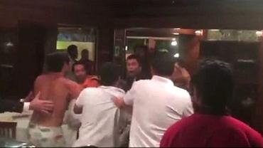 VIDEO / Bătaie ca în filme înainte de Brazilia - Columbia într-un restaurant!