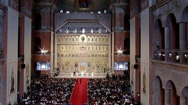 Ce cadou a primit Papa Francisc din partea Patriarhului Daniel, la Catedrala Mântuirii Neamului