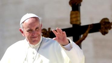 Ce salariu lunar are Papa Francisc. Câți bani încasează de la Biserica Catolică