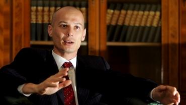 Ce avere are Bogdan Olteanu, fostul șef al Camerei Deputaților, condamnat la închisoare