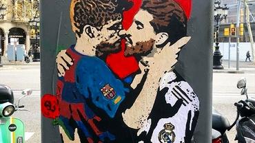 Imagine controversată pe străzile Barcelonei înainte de El Clasico. Pique și Sergio Ramos se sărută într-un graffiti. VIDEO
