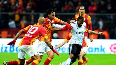 E derby şi-n Turcia: Beşiktaş o înfruntă pe Galatasaray