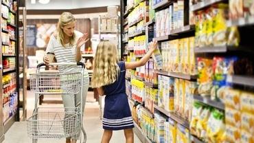 Program Lidl, Auchan, Kaufland, Carrefour, Mega Image de Vinerea Mare. Ce orar au hipermarketurile pe 30 aprilie 2021