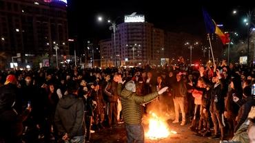 Sute de amenzi după protestele din București! 188 de oameni au ajuns la secțiile de Poliție