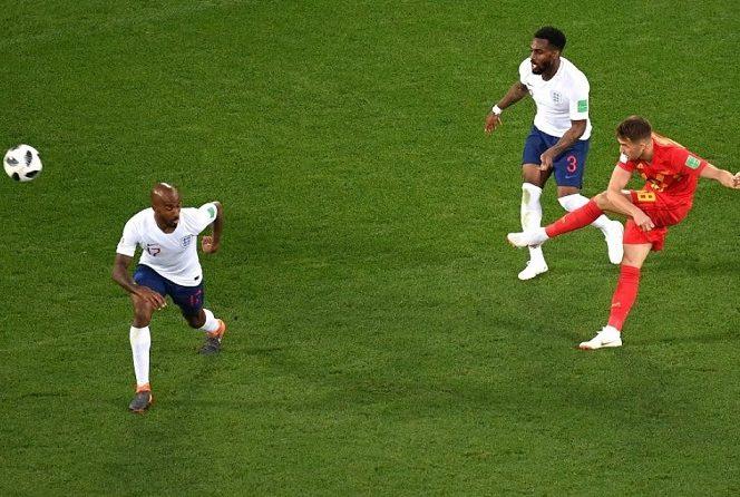 Adnan Januzaj l-a învins pe portarul englez Jordan Pickford după ce l-a păcălit pe fundașul Danny Rose
