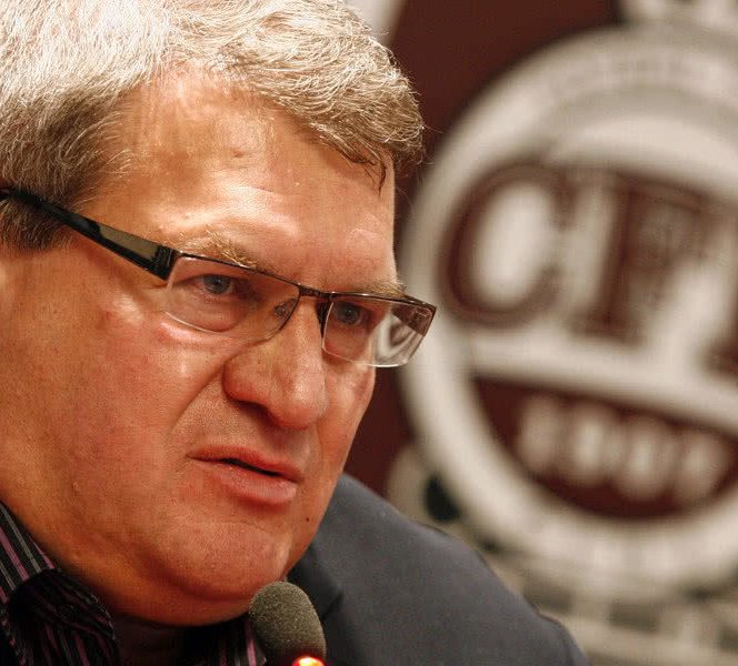 Iuliu Mureșan este președintele lui CFR Cluj din 2002 și a scris istorie în Gruia: promovări succesive din Divizia C până în Liga 1, calificare în finala Cupei Intertoto, 4 titluri de campioană, 4 Cupe ale României, două Supercupe ale României și, nu în ultimul rând, 30 puncte în Liga Campionilor
