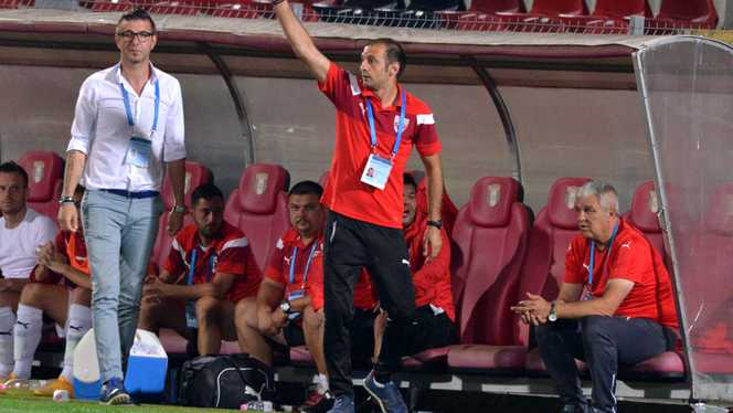 Dinu Todoran a fost și în staff-ul lui Florin Marin, acum este principal dar fără licență PRO