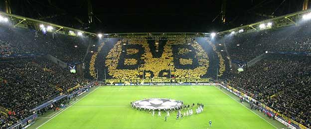 Signal Iduna Park. Fostul Westfalen Stadium din Dortmund, modernizar pentru CM 2006