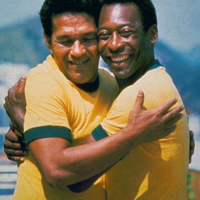 12 perechi de fotbalişti celebri. Cu Garrincha şi Pele pe teren Brazilia nu a pierdut nici un meci