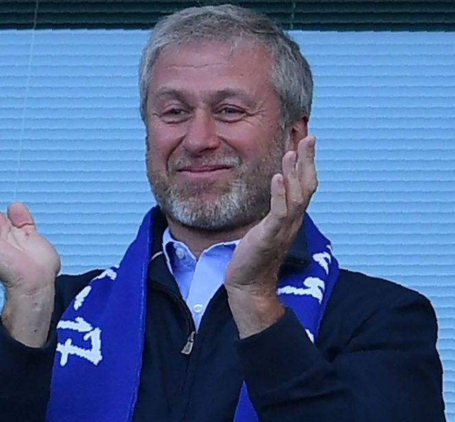Top 10 cei mai bogaţi patroni de cluburi din lume. Roman Abramovici este patronul cu cele mai multe trofee, 15 trofee în 12 ani
