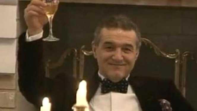 Gigi Becali a depășit de mult vârsta la care era să moară îmbătat cu o cană de vin! A schimbat cana cu paharul, cu siguranță și calitatea vinului...