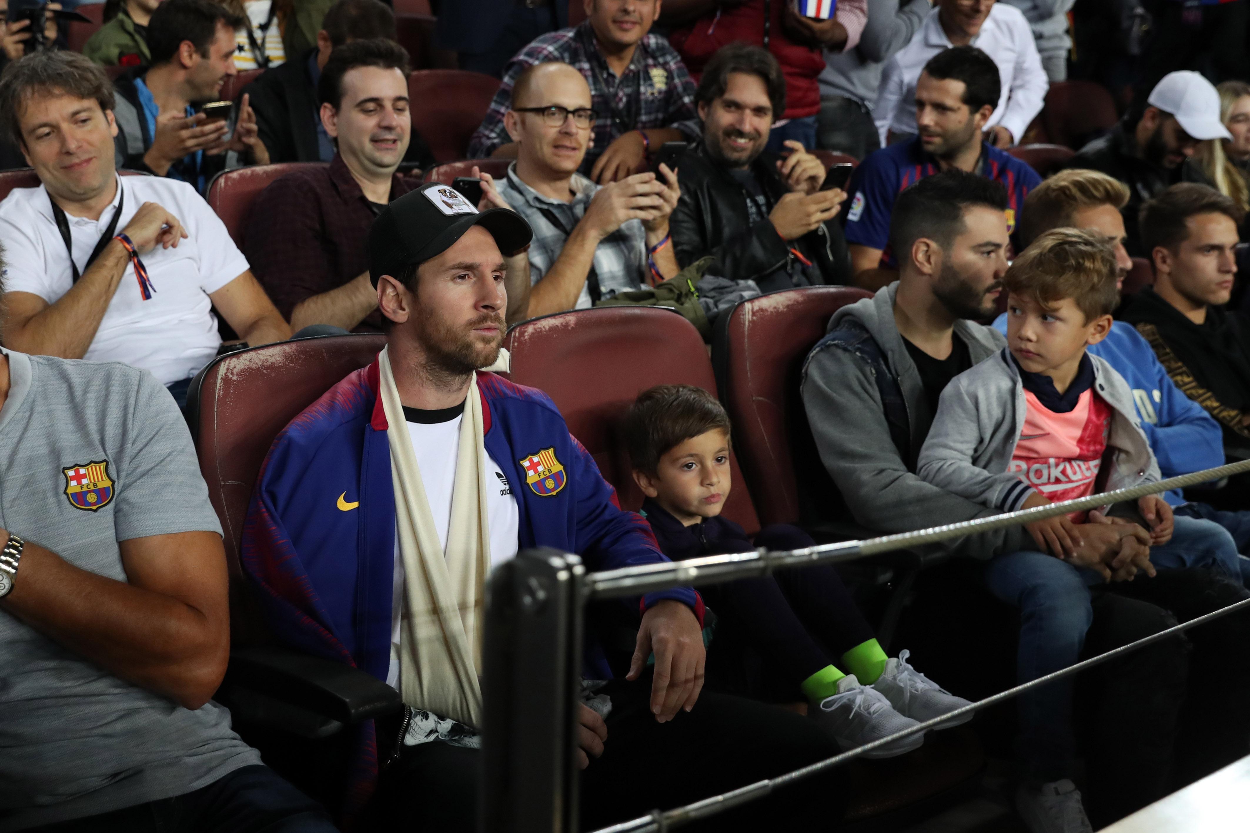 Lionel Messi şi băieţii lui pe