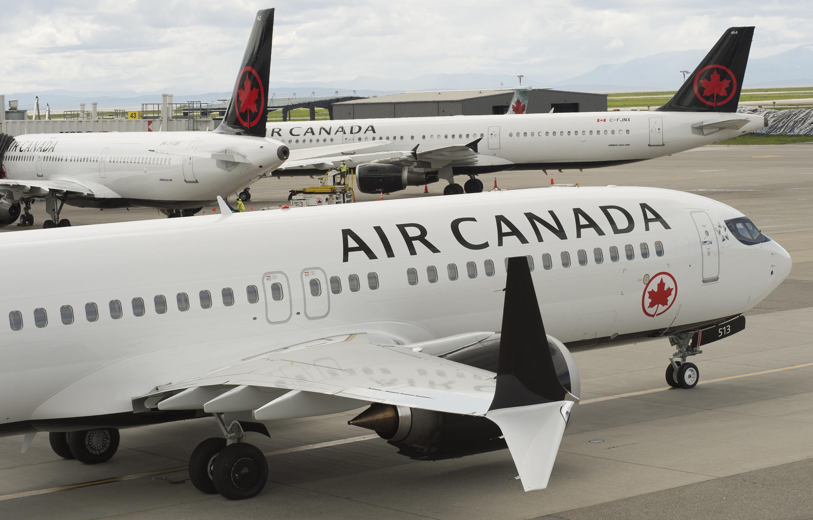 Air Canada Rouge a anunțat că s-au deschis din nou zborurile pe ruta București - Montreal și Toronto *foto: aircanada.ca