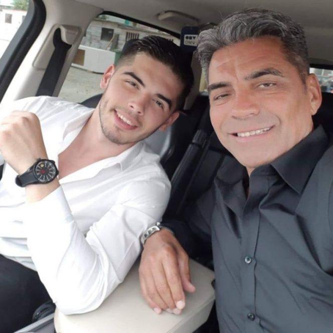 Marcel Toader, alături de fiul său. Sursa foto: libertatea.ro