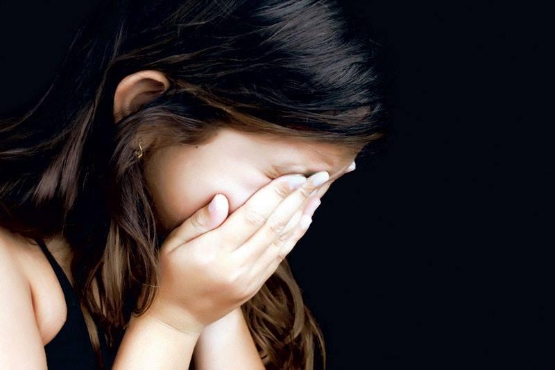 Un pervers din Galați a agresat sexual două fetițe