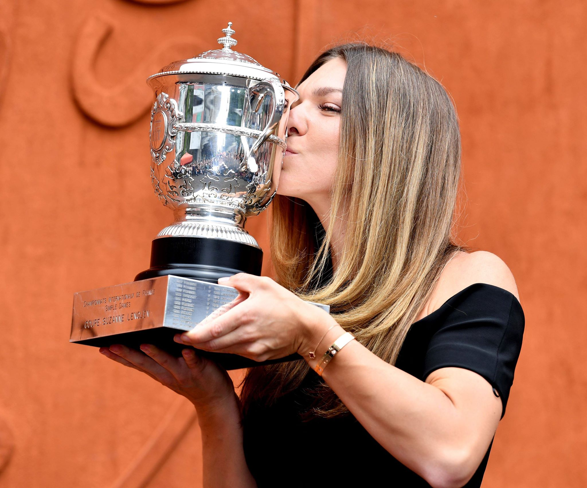 Simona Halep a împlinit 28 de ani! 28 de imagini de colecție cu super campioana noastră. GALERIE FOTO