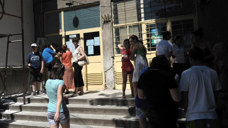 A început școala, însă multe din unitățile de învățământ din Capitală nu și-au putut deschide porțile. Sursa foto: digi24.ro