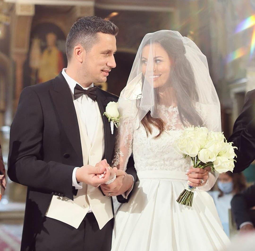 Flick Domnul Rimă și Denisa Hodișan
