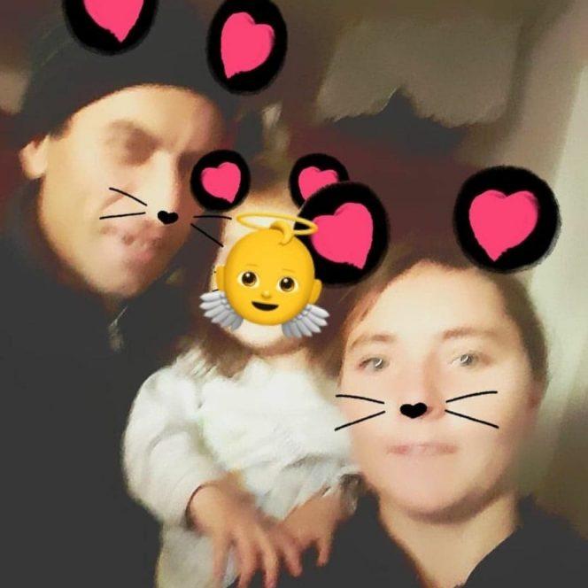 Vulpița, Viorel și fiica lor