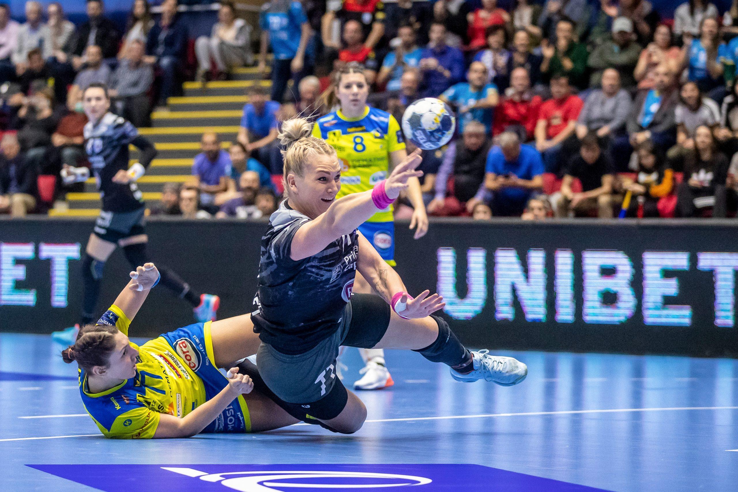 Handbal Champions League - CSM Bucuresti - Metz duel spectaculos minge aruncare INQUAM Bogdan ioan Buda