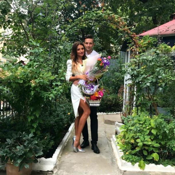 Elena Marin, concurentă la Survivor România 2021 și Andrei, logodnicul ei