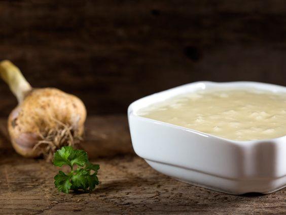 Maioneză de usturoi