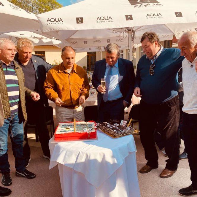 Dinamo petrecere lăutari