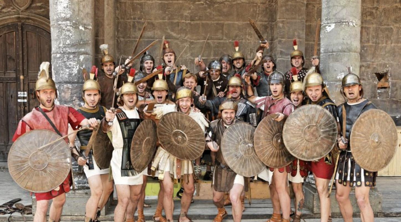 """Celebrii """"spartani"""" ai lui Dinamo, din sezonul 2006-2007. Foto: Gsp"""