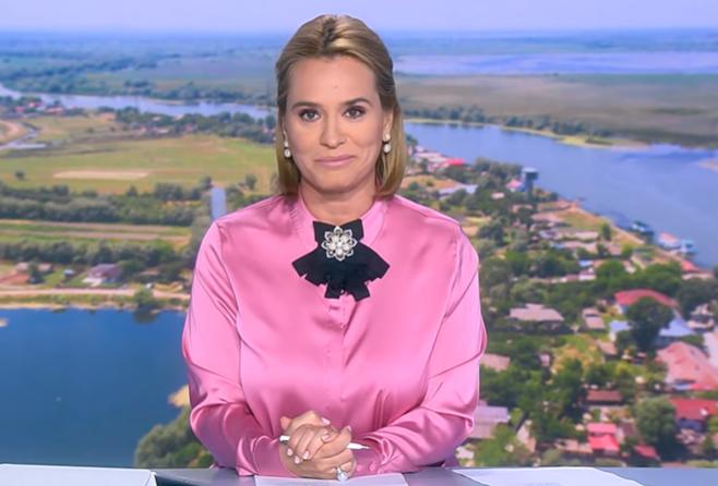 Andreea Esca la pupitrul știrilor Pro TV