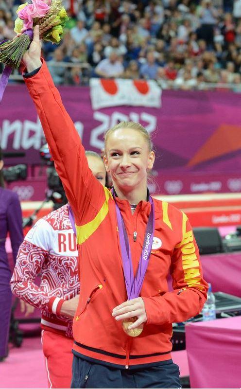 Sandra Izbaşa, după finala de la sărituri, la JO de la Londra