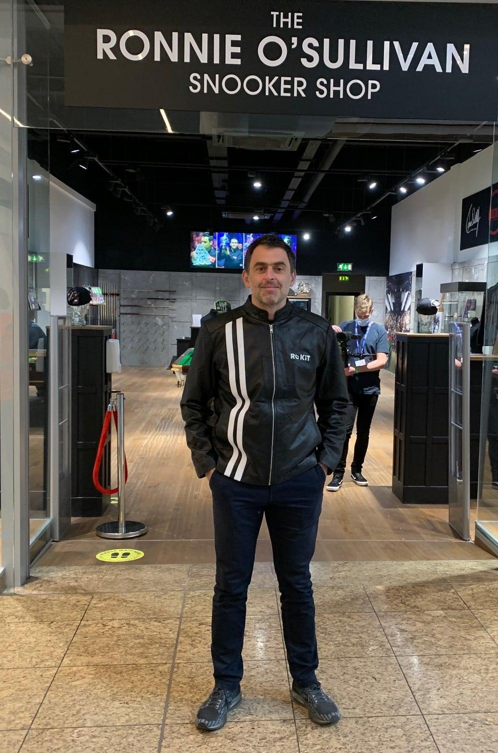 Ronnie O'Sullivan va avea propriul magazin în București?! Ce planuri are legendarul jucător de snooker. Exclusiv