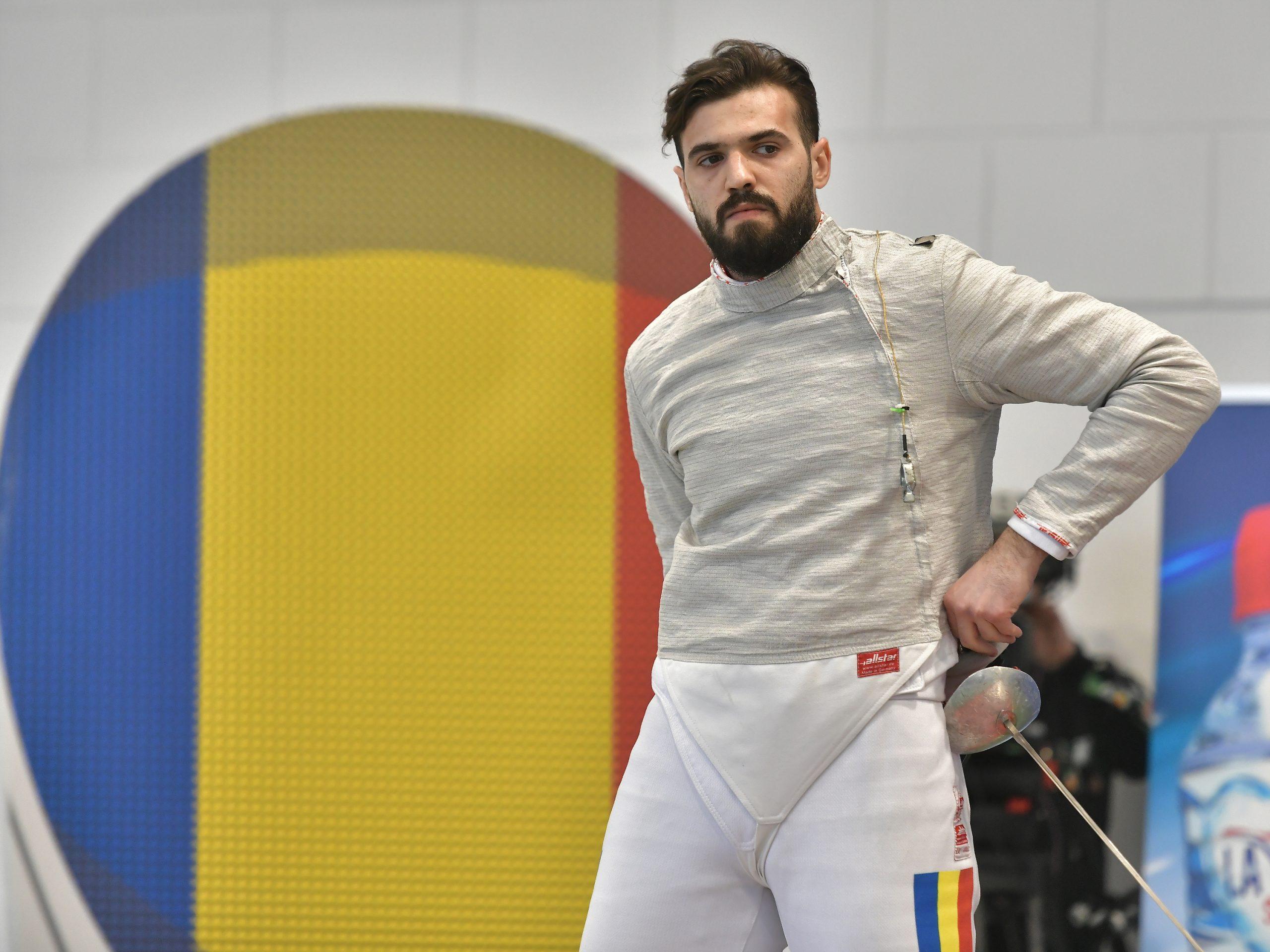 Iulian Teodosiu la campionatul national de sabie masculin individual desfasurat in Sala Ana Pascu-Floreasca din Bucuresti. Sursa: sportpictures.eu
