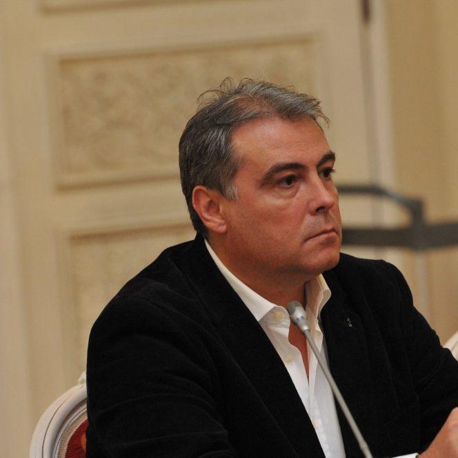 Istoricul și diplomatul Adrian Cioroianu (sursa facebook.com)