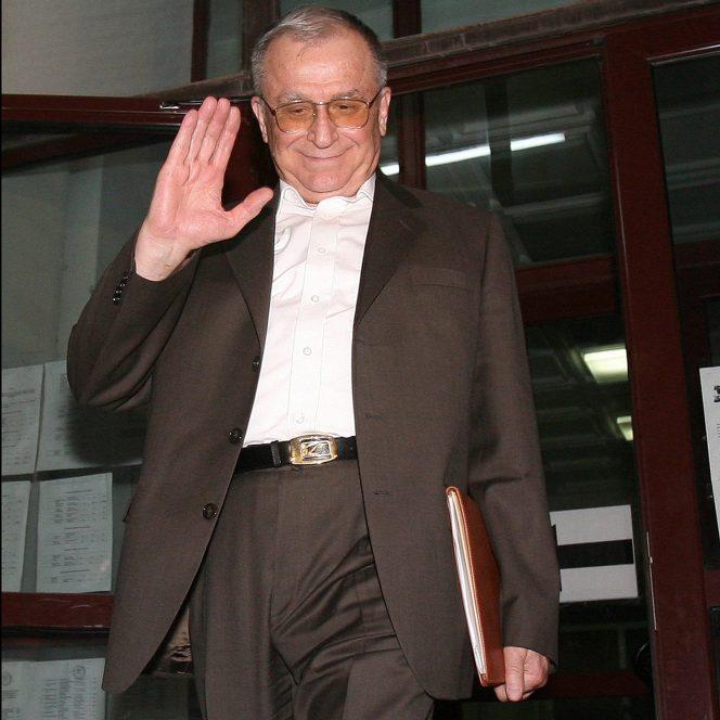 Ion Iliescu, proaspătul președinte al României, începând cu 20 mai 1990 (sursa hepta.ro)