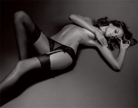 Izabel Goulart este un model brazilian de 36 de ani si iubita a lui Kevin Trapp, portarul nationalei Germaniei.