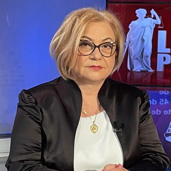 Medicul Carmen Dorobăț (sursa arhivă personală)