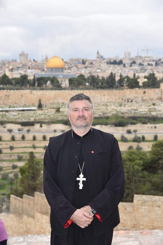 Preotul Gabriel Cazacu