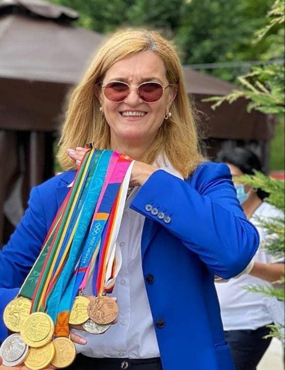 Medaliile obţinute de Elisabeta Lipă la Jocurile Olimpice