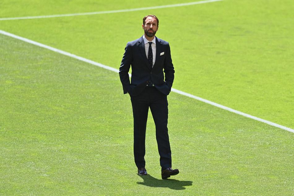 Gareth Southgate s-a prezentat impecabi la meciul cu Croatia de la EURO, când a îmbrăcat un costum Percival