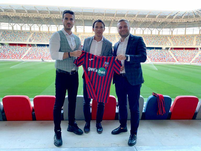 foto: Fanatik   Casa de pariuri Get's Bet a dat lovitura! Este sponsor principal al CSA Steaua Bucureşti, una dintre cele mai(...)