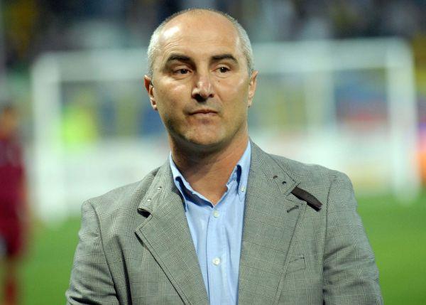 1.FOTBAL:FC PETROLUL PLOIESTI-CFR CLUJ 1-1,LIGA 1 (13.04.2012)